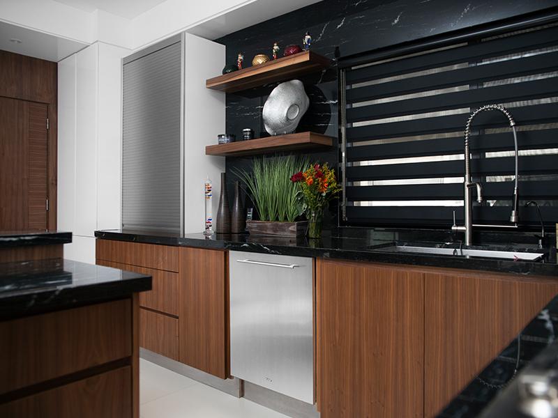 Closets de madera en monterrey la maderoteca for Tecnicas modernas de cocina